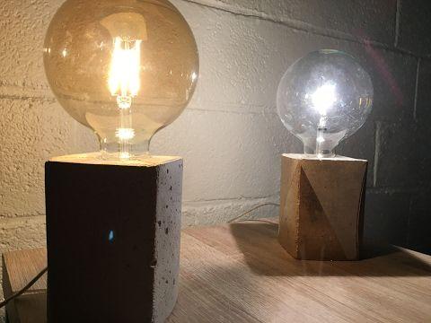 Comment fabriquer une lampe béton avec une brique de jus d