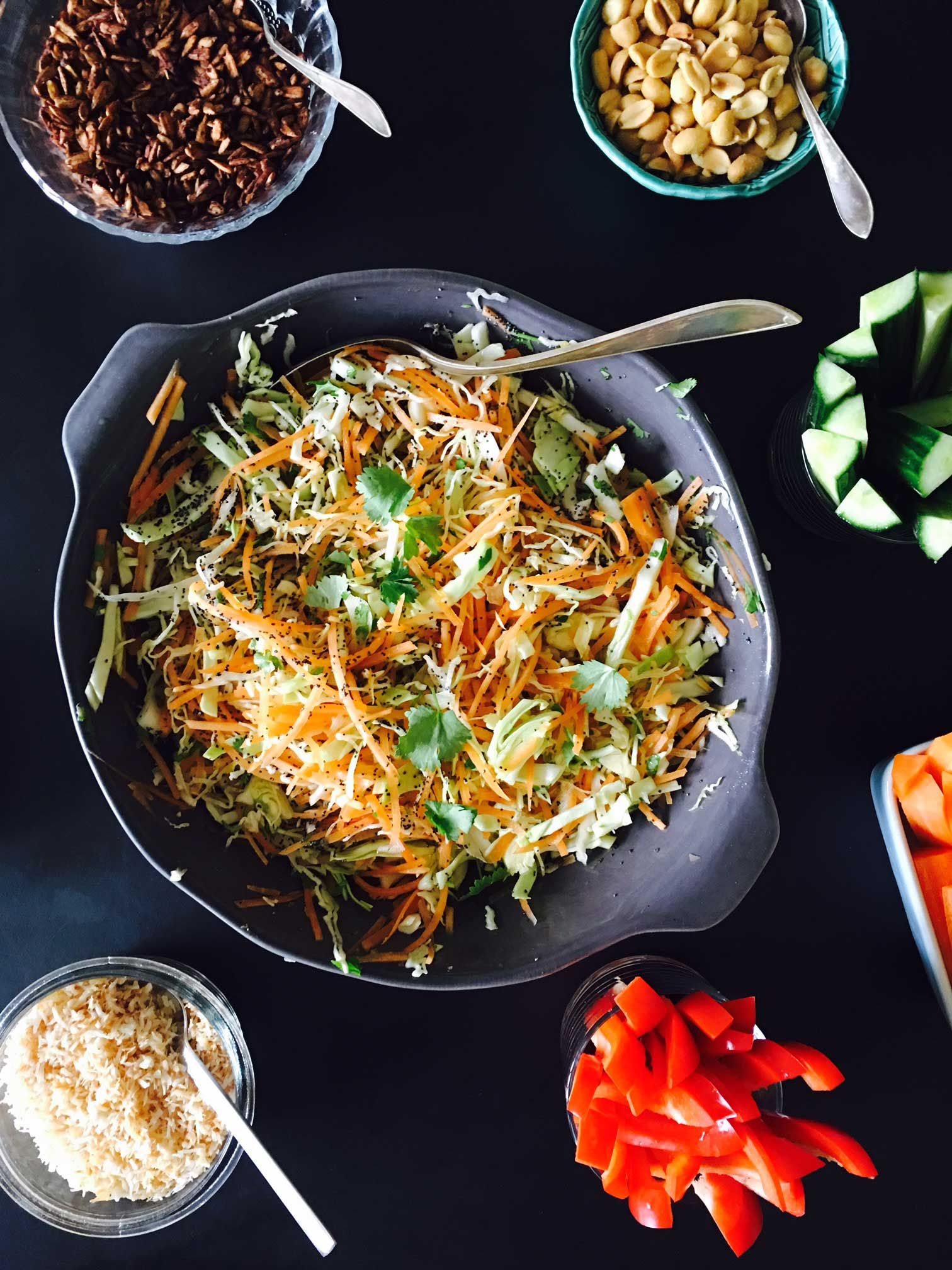 Indian Salad With Coriander And Poppy Seeds Opskrift Indisk