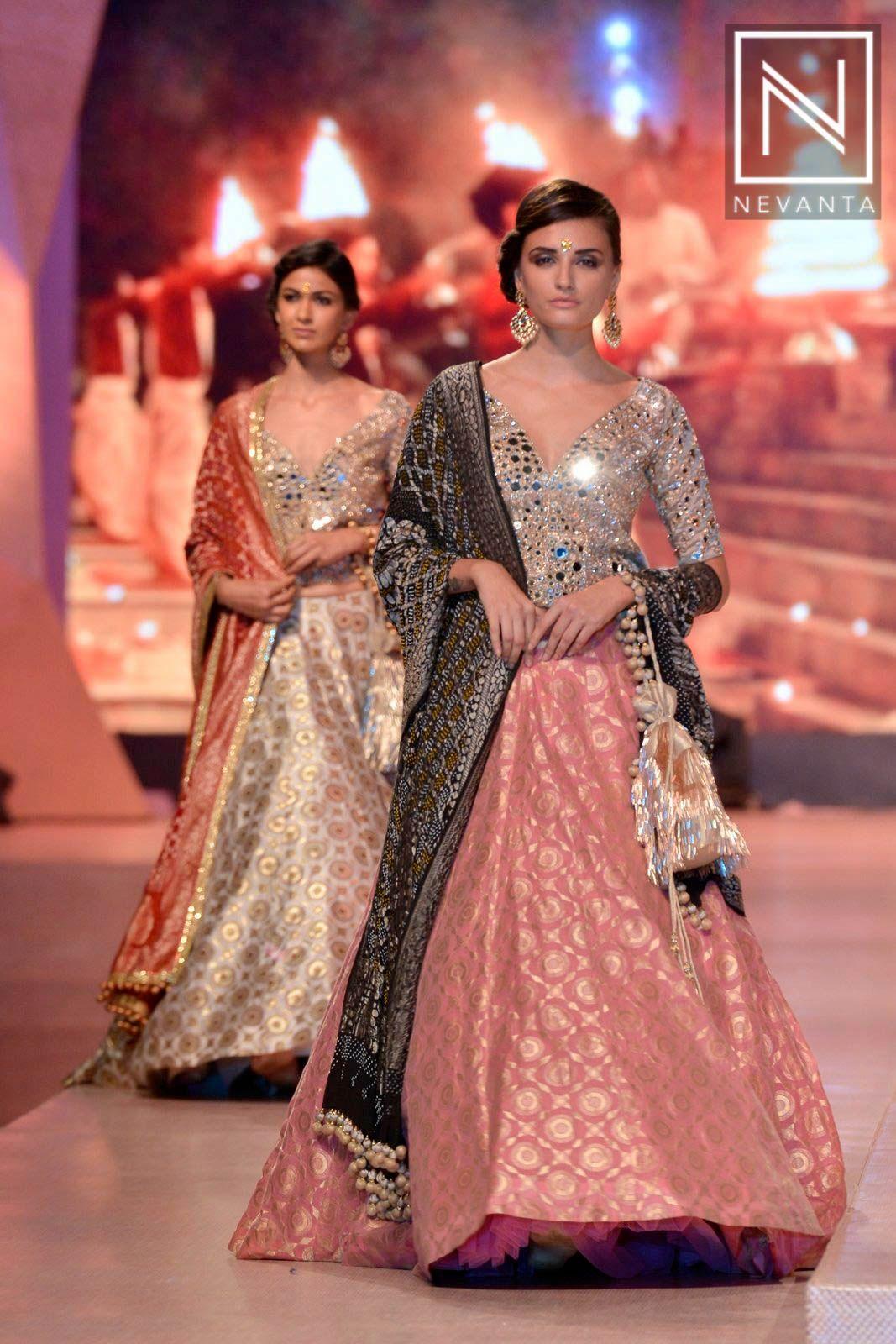Look - Malhotra Manish bridal lehanga 14 collection video