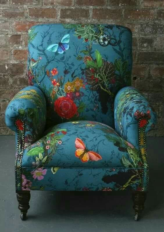 I would design a room around this chair. Gorgeous!