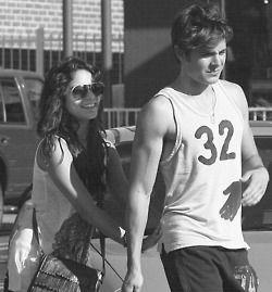 Vanessa & Zac.