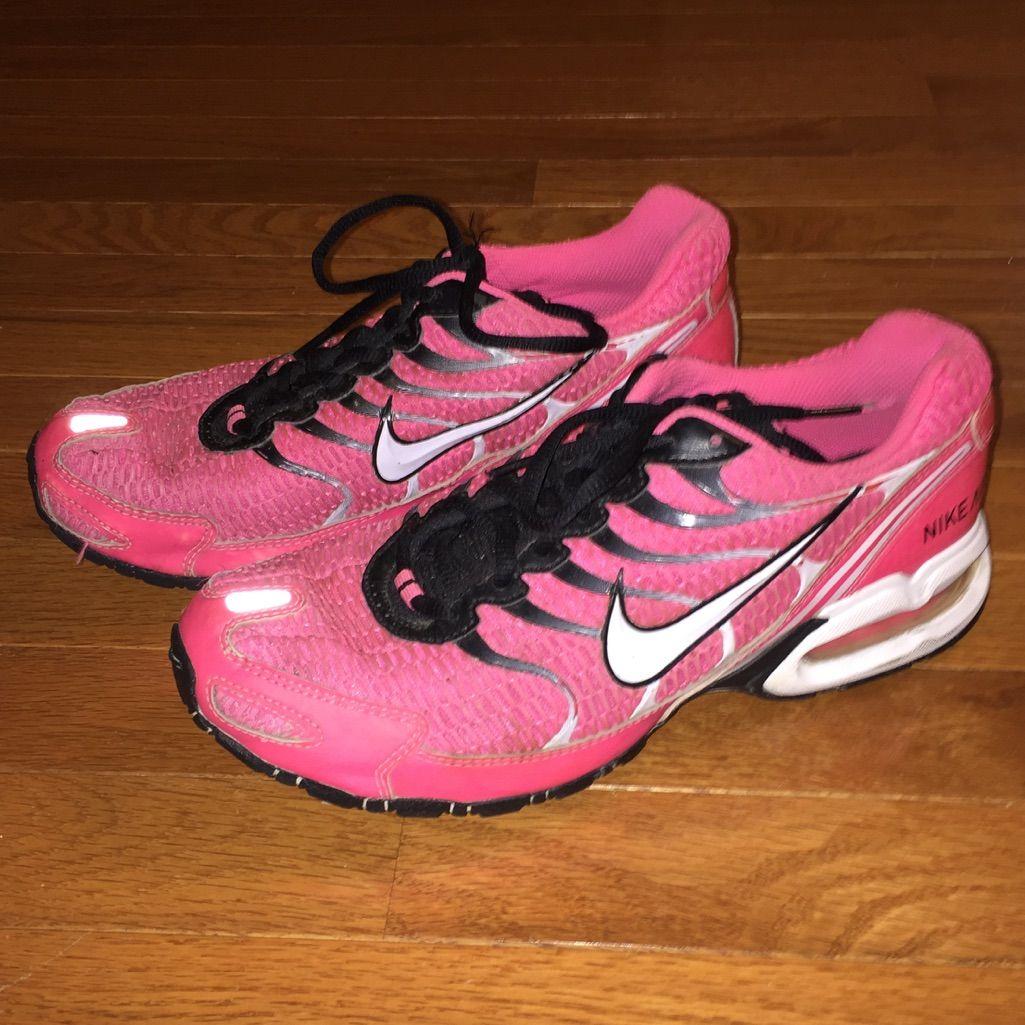 Hot Pink Nike Air Max Tennis Shoes