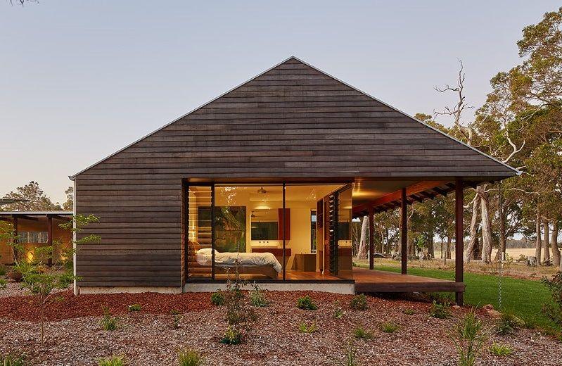 Modern Australian Farm House With Passive Solar Design Farmhouse Architecture Modern Farmhouse Exterior Solar House Plans