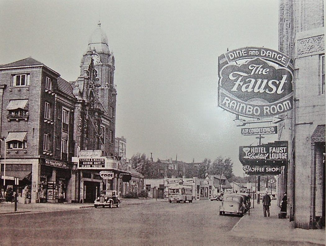 Faust Hotel Rockford Il
