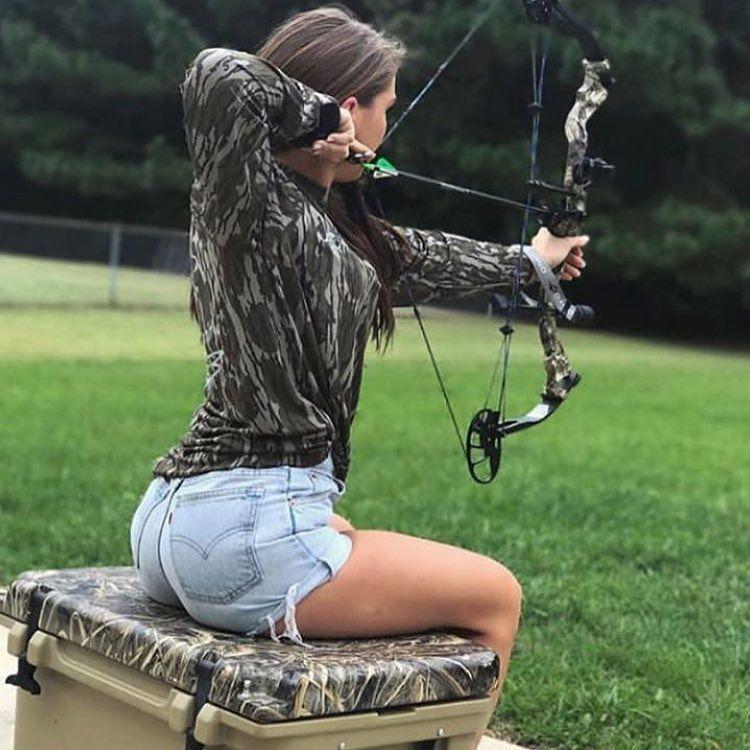 Sexy archery women-3396