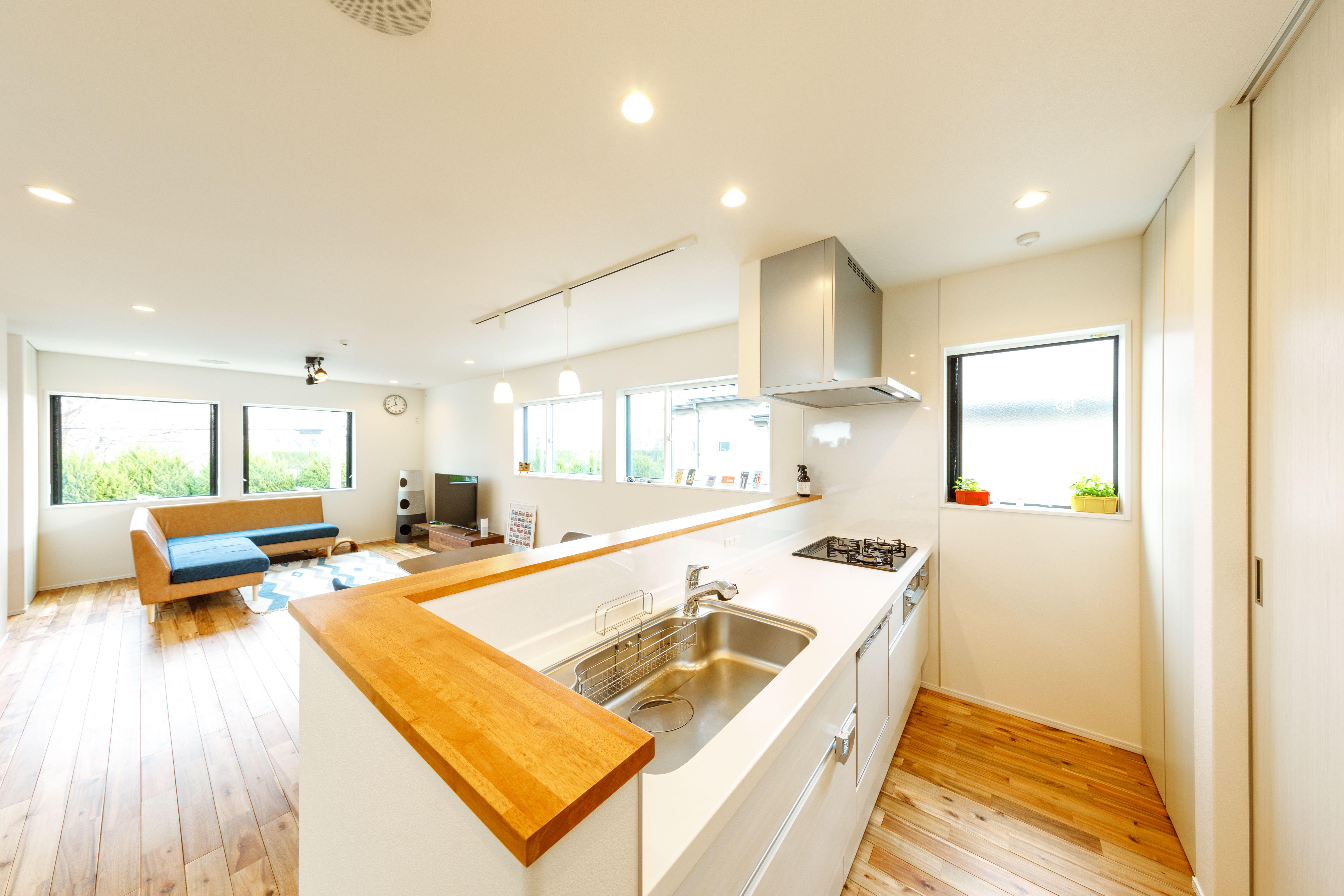 シンプル爽やかな北欧風キッチン Regard Homedeco Kitchen