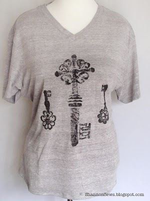 Decorated t-shirt DIY: Key Imprinted Design