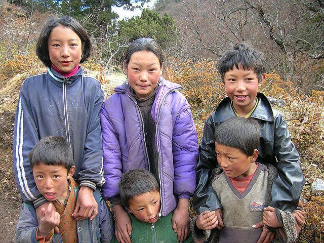 Bhutan Trekking Friends People Of The World Bhutan People Around The World