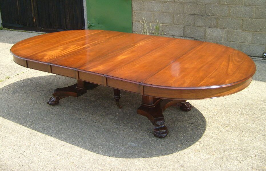 Large Antique Round Extending Table Large Georgian Manner 5ft