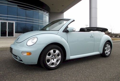 Example Of Aquarius Blue Paint On A 2003 Volkswagen Beetle