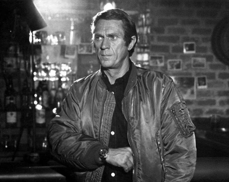 Ralph Papa Thorson Steve Mcqueen A Professional Bounty Hunter In The 1980 Film