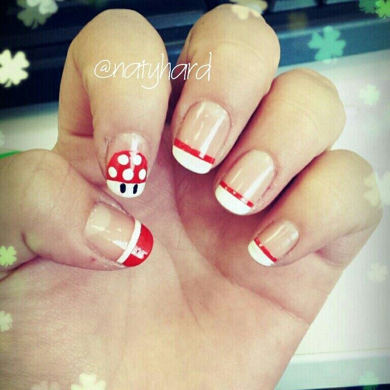 Diseños inspirado en el juego Mario bros #manicure #manos #esmalte ...