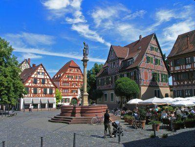 Ladenburg Ist Gastgeber Fur Rund 500 Turnfest Aktive Ringtennis Places Around The World Romantic Places Germany