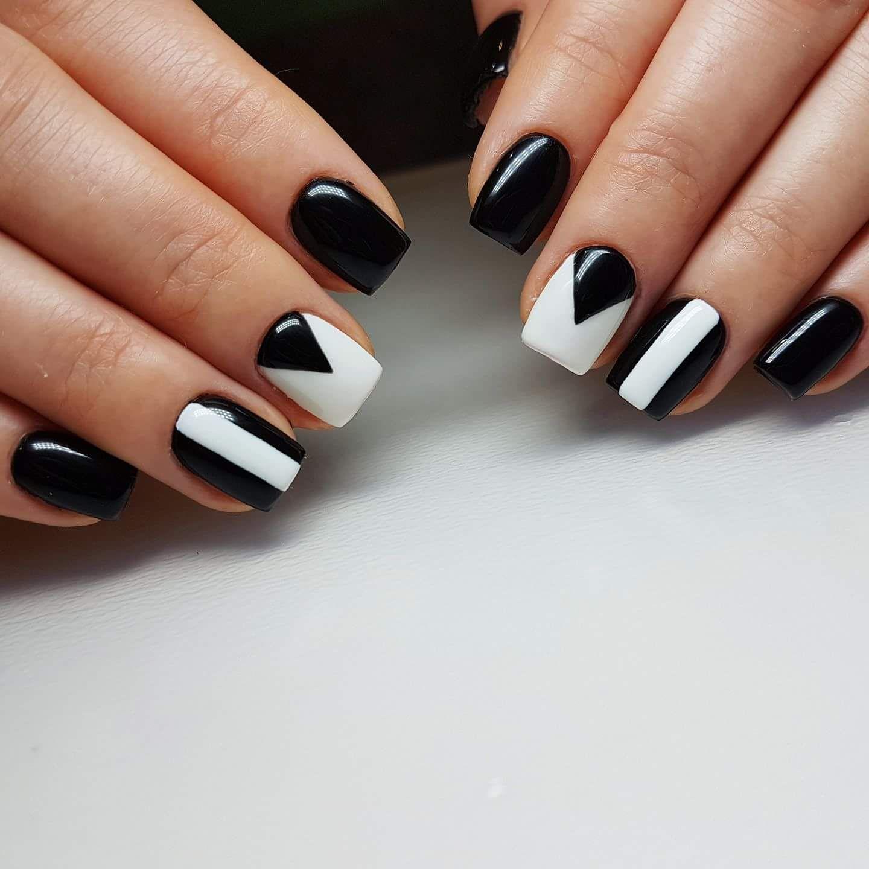 Elegant And Chic Black And White Nail Art Design White Nail Art Trendy Nail Art Black And White Nail Designs