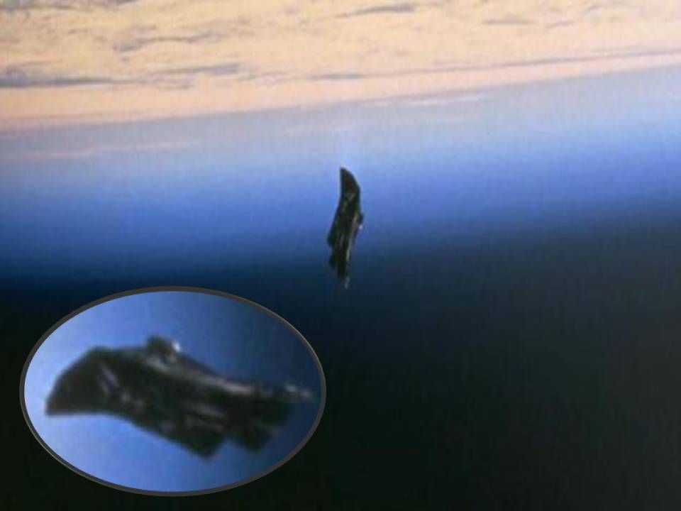20 Facts About The 13000 Year Old Black Knight Satellite Black Knight Satellite Unexplained Phenomena Ancient Aliens