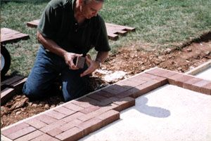 Do it yourself brick patio walk extreme how to view all 5 doityourself brick patio walk extreme how to solutioingenieria Image collections