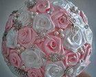 Buquê de broches -Rosa e Branco-