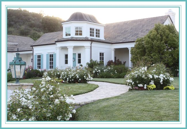 House of Turquoise: Guest Blogger: Hollie from I Lived On Wisteria Lane