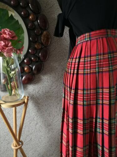Vtg Ladies 12 Royal Stewart Hostess Kilt Skirt Lochcarron 100 Wool Vgc Ebay Kilt Skirt Royal Stewart Tartan Retro Vintage Dresses
