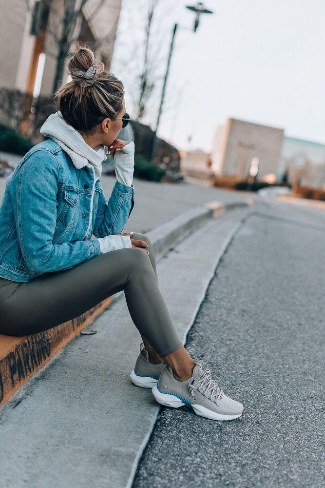 My Latest Obsession in Athleisure is part of Clothes Outfits Winter - You guys know I'm a big fan of athleisure and wear sneakers and workout clothes pretty much daily  I make…