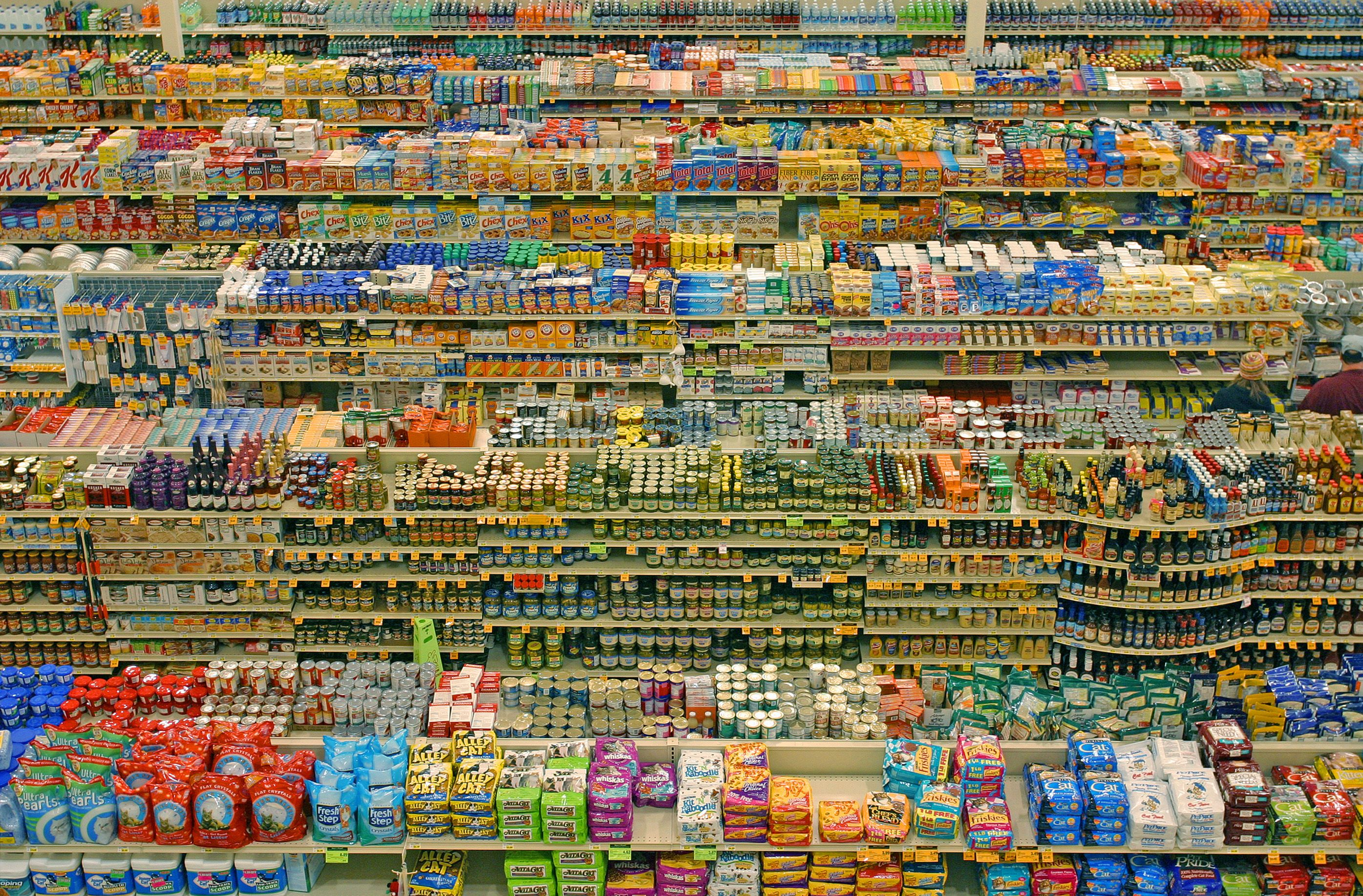 A Full Cup Tops Grocery : Andreas gursky supermarket g the factory