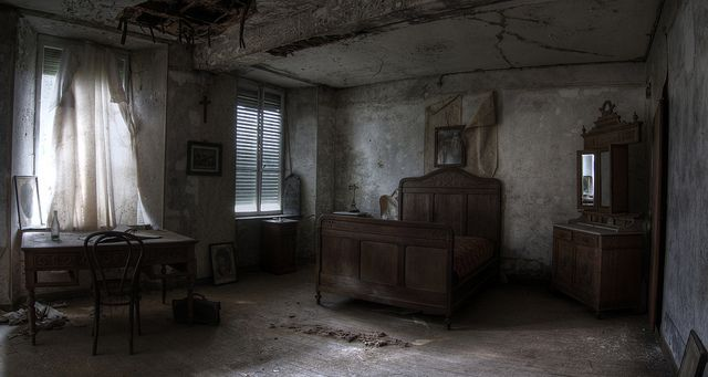 Abandoned bedroom, same room as other picture but ...