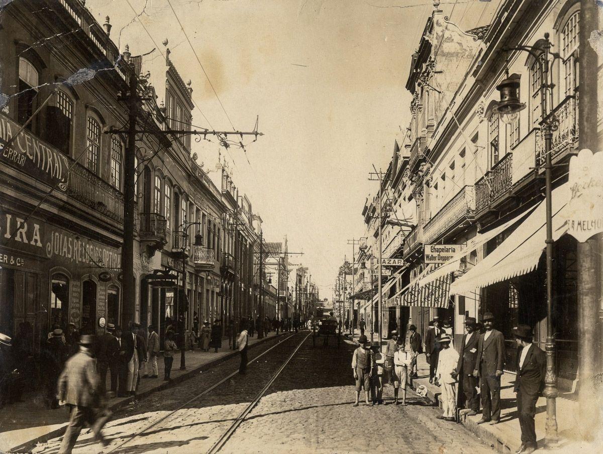 Rua da Praia na década de 1910.