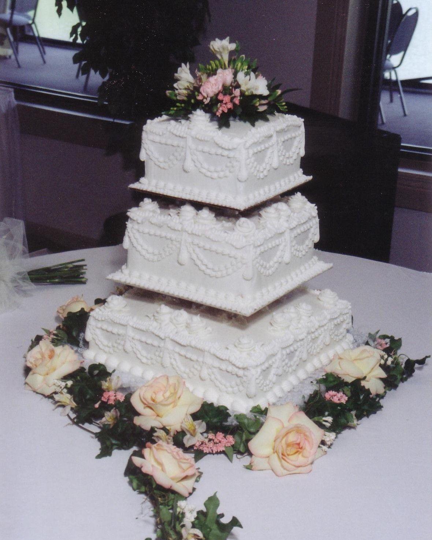 Square wedding cakes square wedding cakes wedding pinterest