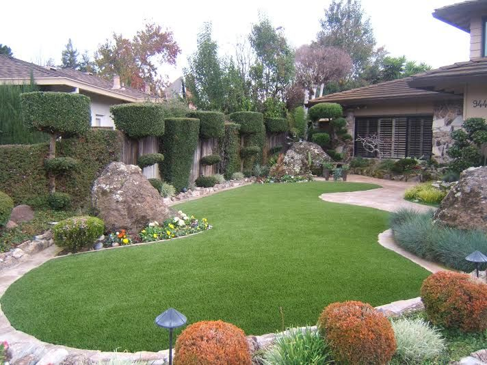 residential artificial lawn install | Artificial grass ... on Artificial Turf Backyard Ideas id=12123