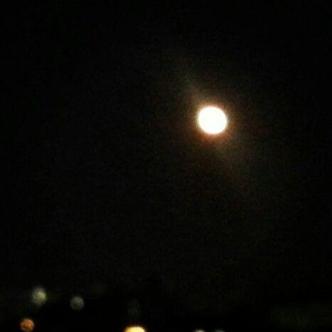 ほぼ満月○ #moon