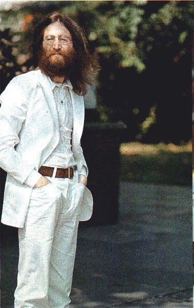 John Lennon In His Classic White Suit As Worn On The Abbey Road Cover Peaceful And Inspiring In 2020 The Beatles John Lennon Lennon