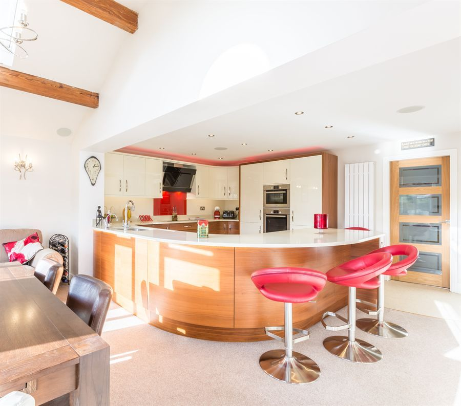 Glass Worktop / Breakfast Bar | Glass Countertops | Pinterest | Breakfast  Bars, Glass And Surrey