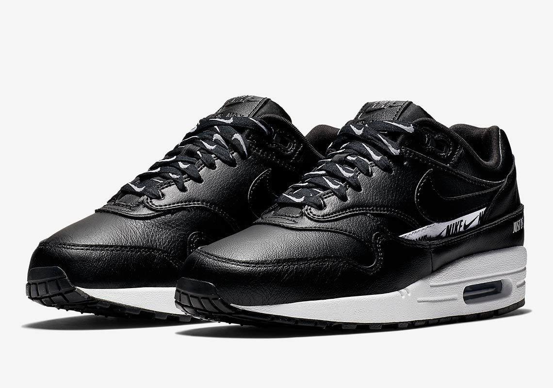 quite nice f7307 31a86 The Logo Remix Continues With The Nike Air Max 1 SE