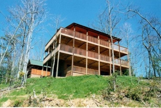 A Grand View of the Smoky Mountains Tennessee vacation rentals If