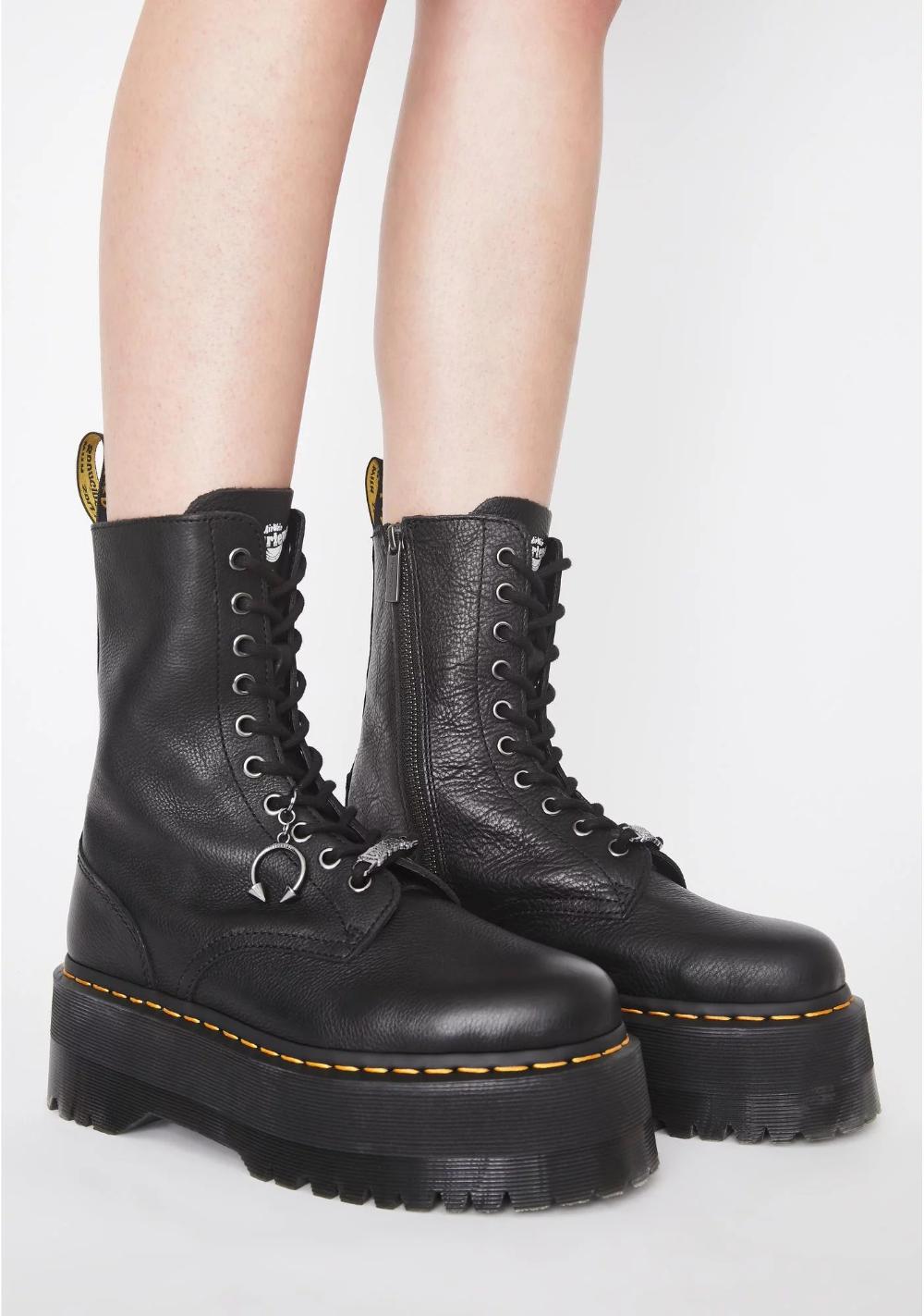 Dr Martens Laceup Boots « Fash Eccentric!: Singapore Fashion