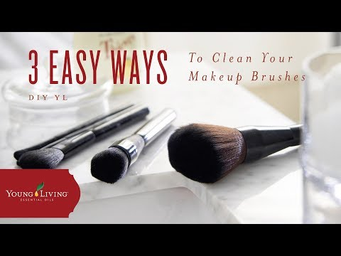 Need an essential oil makeup brush cleanser? Clean your