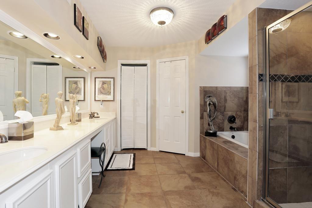 9x9 bathroom shower tub double sink google search bathroom rh za pinterest com 9x9 bathroom designs 9x9 bathroom layout