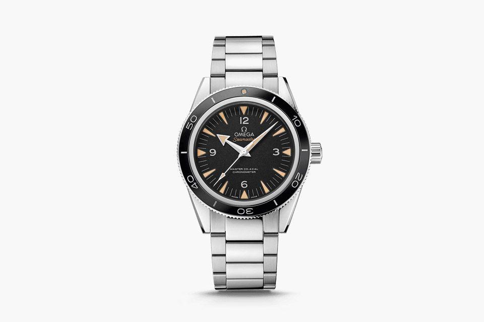 omega-speedmaster-apollo-11-seamaster-300-coaxial-02