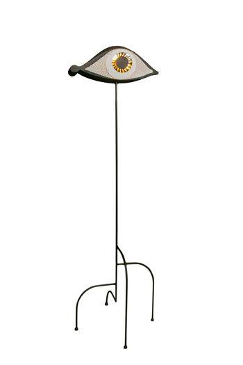 Oeil au Beurre Noir, Maison Darré  Corps résine, taule perforée et acier polymiroirs Piétement acier AD Intérieur 2014