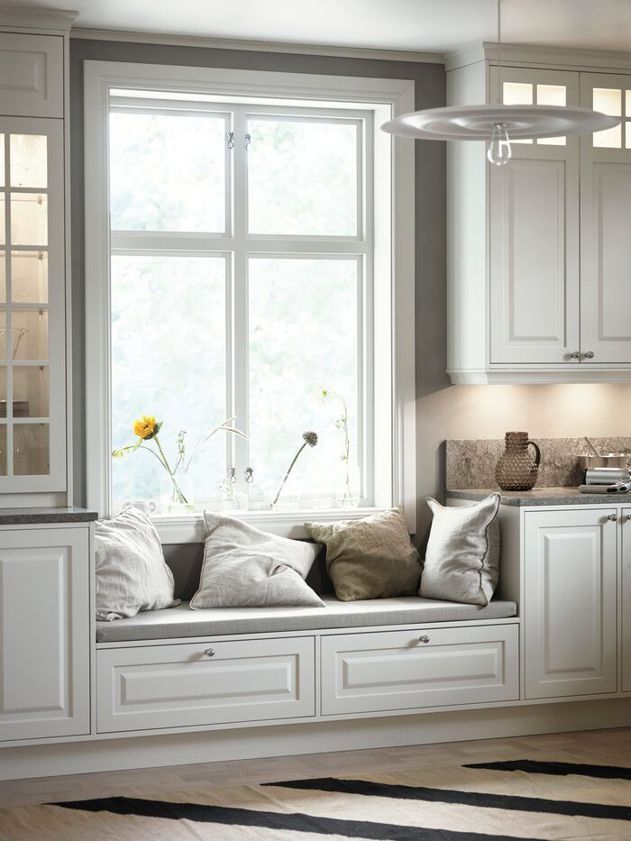 Choosing a Kitchen Cabinet Color