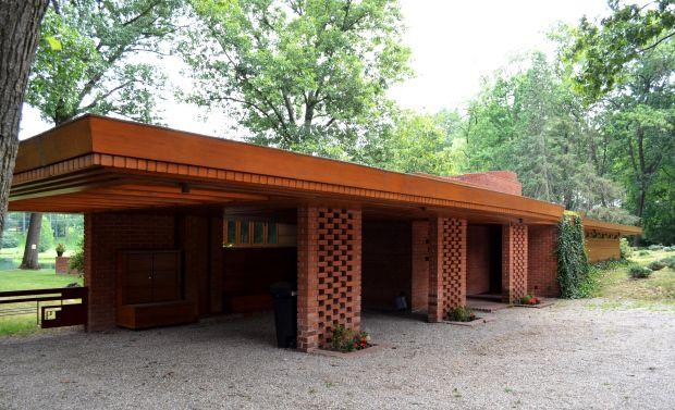 Frank Lloyd Wright - Melvyn Maxwell and Sara Stein Smith House, Bloomfield Hills, Michigan, 1949-50