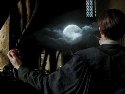 Harrypotter And The Prisonerofazkaban The Bogart In The Wardrobe Professor Lupin S Worst Fear Libros De Harry Potter Prisionero De Azkaban Harry Potter