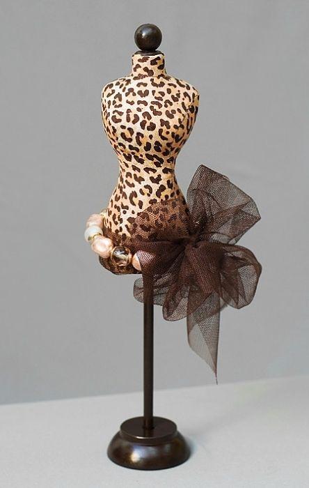 inspiration: mini dress form pincushion | diy home: organize ...