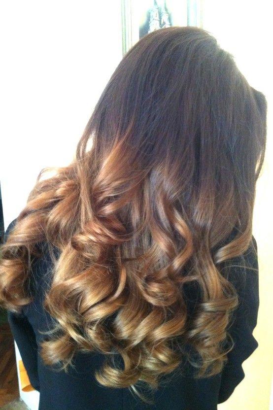 Amo ombre. Ainda mais quando é usado nos cabelos certos com as cores certas.