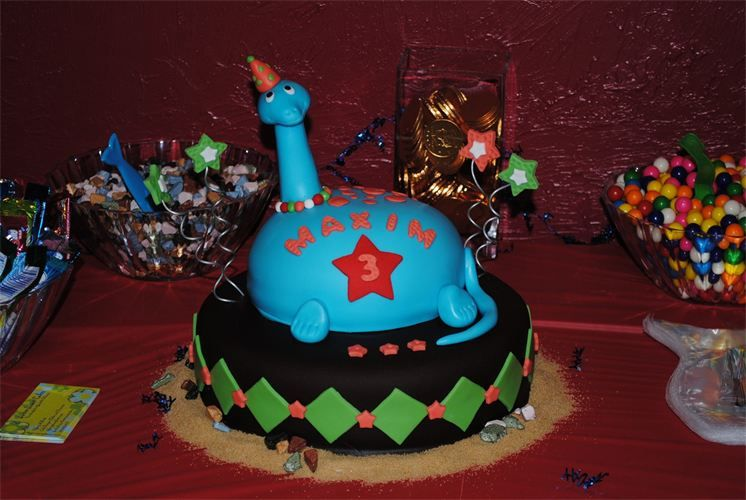 Blue dinosaur cake the cake shop by buttersweet cakes