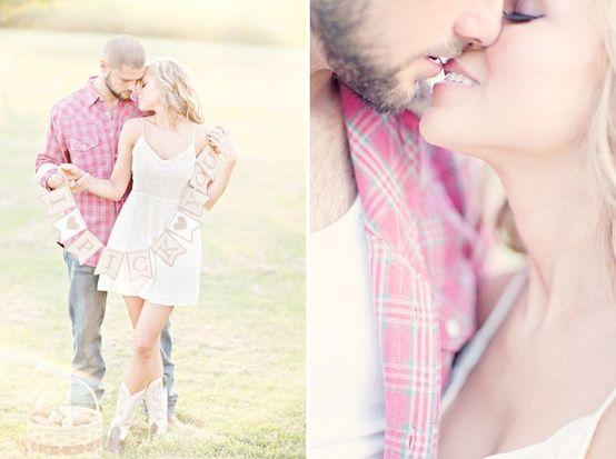 Autumn Engagement Photos. Love this whole shoot