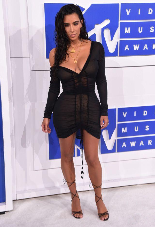 Kim Kardashian Mtv Vmas 2016 Black Dress Fashion