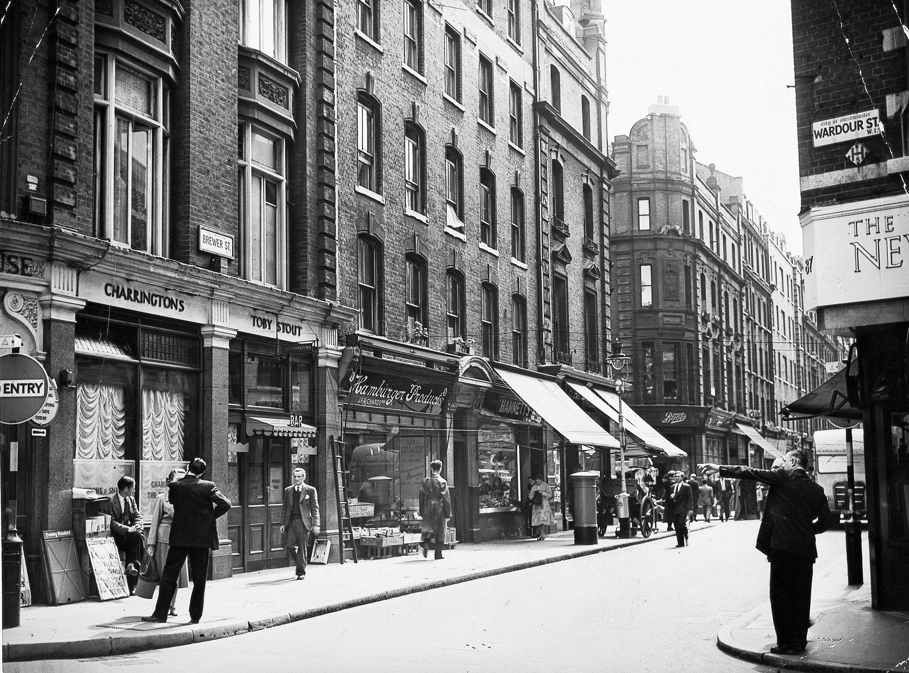 Fascinating Photos of Soho in the 1950s | Victorian and ...
