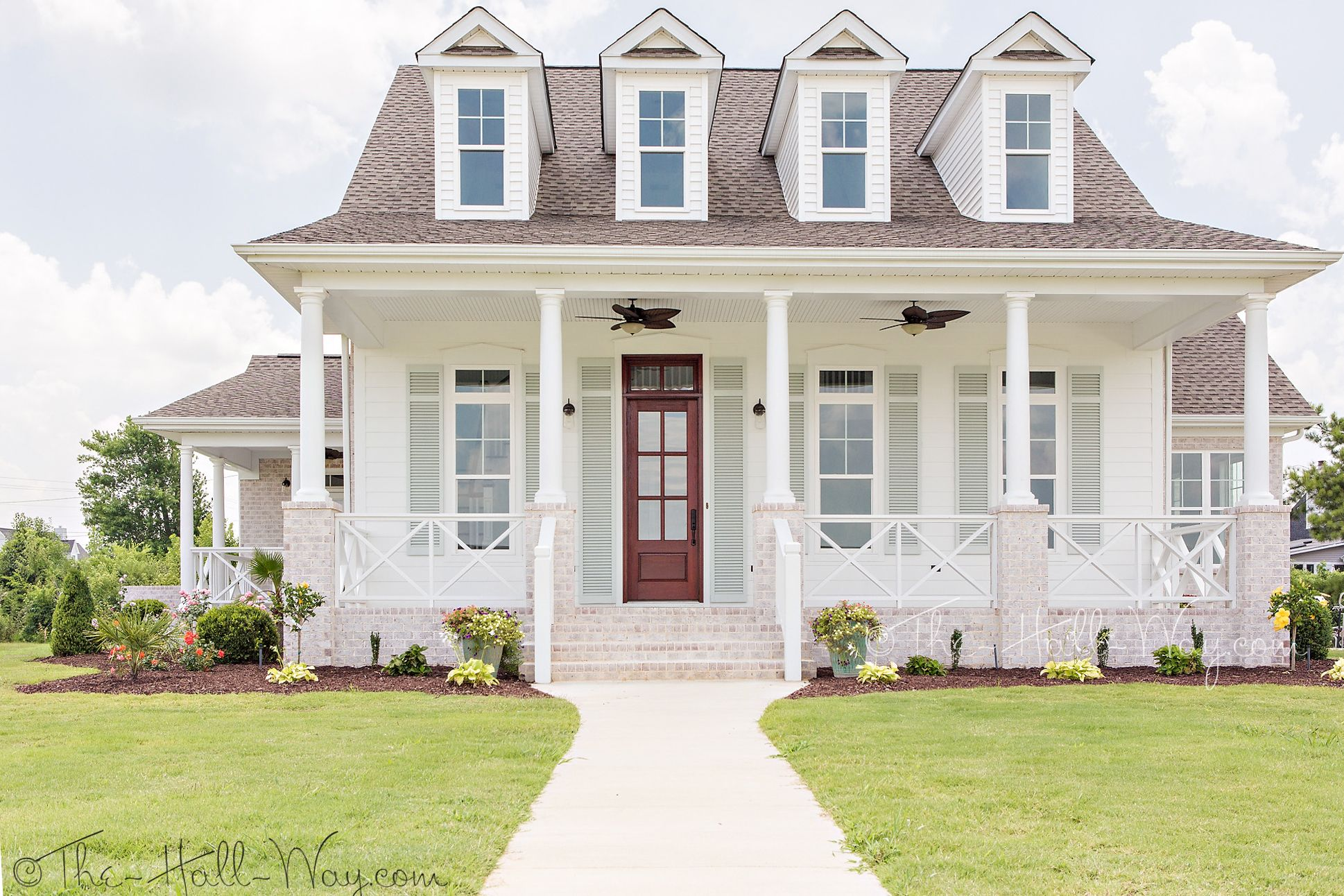 Southern living eastover cottage exterior home exteriors for Southern cottage floor plans