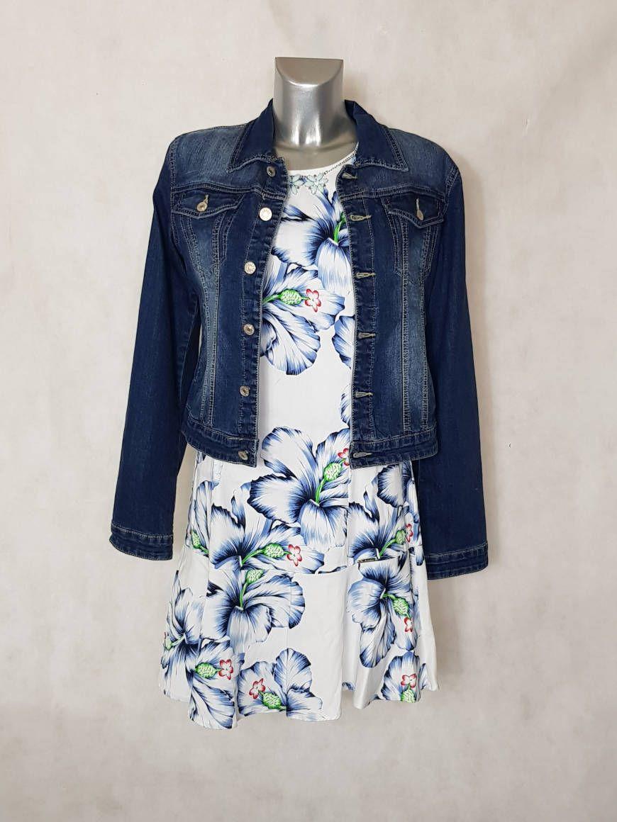 7d88115ace36d Look #Robe femme droite courte #fleurie ourlet à volants manches courtes et  veste jeans